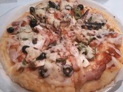 自宅で簡単手作りピザ
