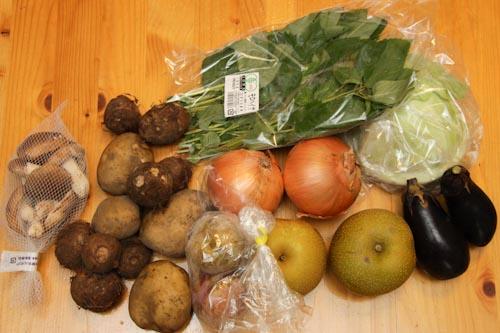 らでぃっしゅぼーや(玉ねぎ、じゃがいも、里芋、キャベツ、モロヘイヤ、原木しいたけ、ソルダム(すもも)、鉱水)